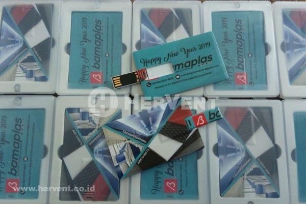 souvenir flashdisk kartu custom